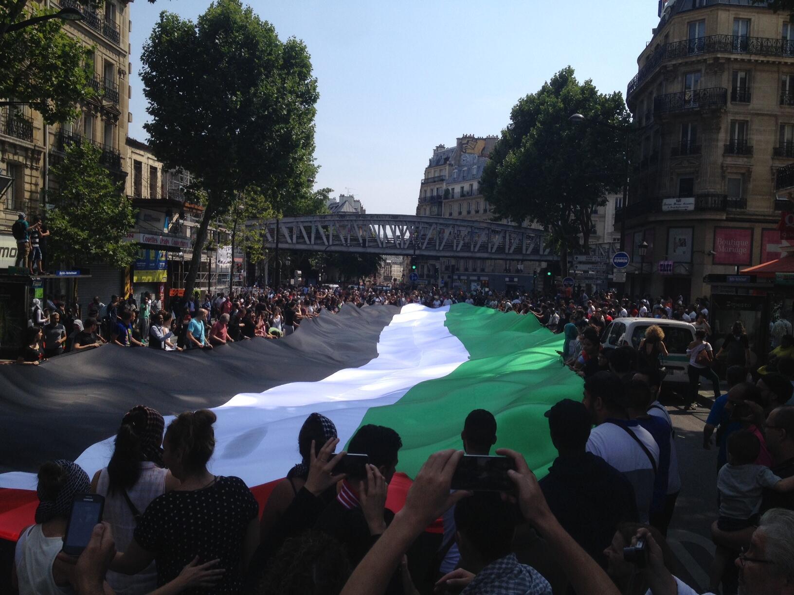 Biểu tình ủng hộ Palestine tại đại lộ Barbès, Paris, 19/07/2014.