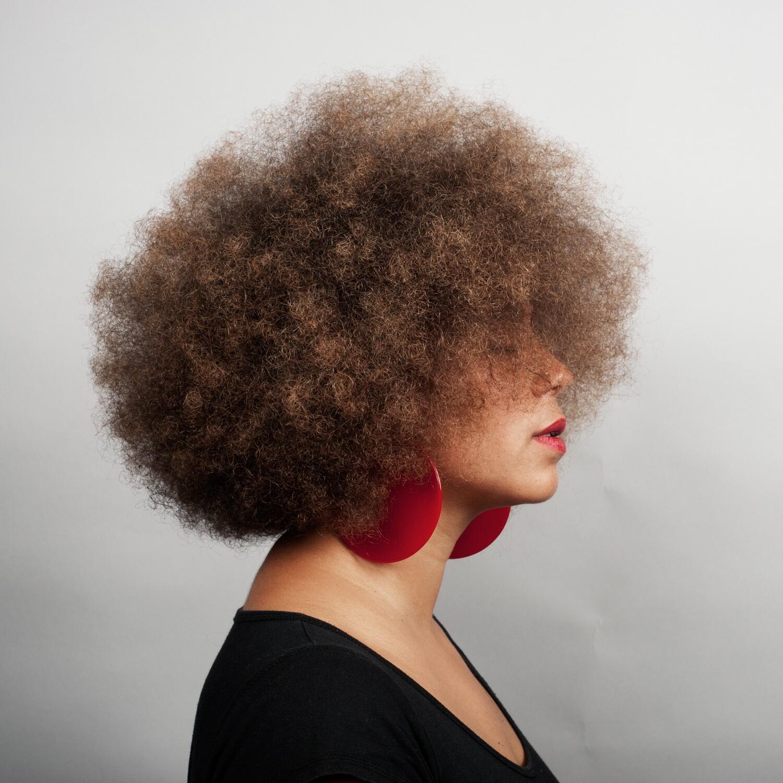Autoportrait de la photographe française Hélène Jayet.
