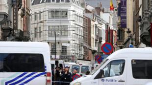 Полицейское оцепление в районе Еврейского музея Брюсселя 24 мая 2014