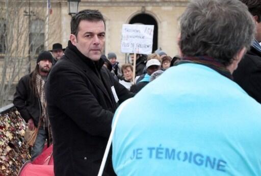 Christophe Robert, the director of Fondation Abbé Pierre at a protest on the Pont des Arts, Paris, 5 December 2018.