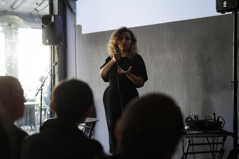 Debate durante o evento Snap, em Paris