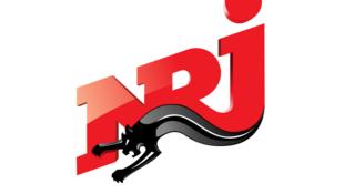 NRJ, une radio pour les jeunes, très écoutée.