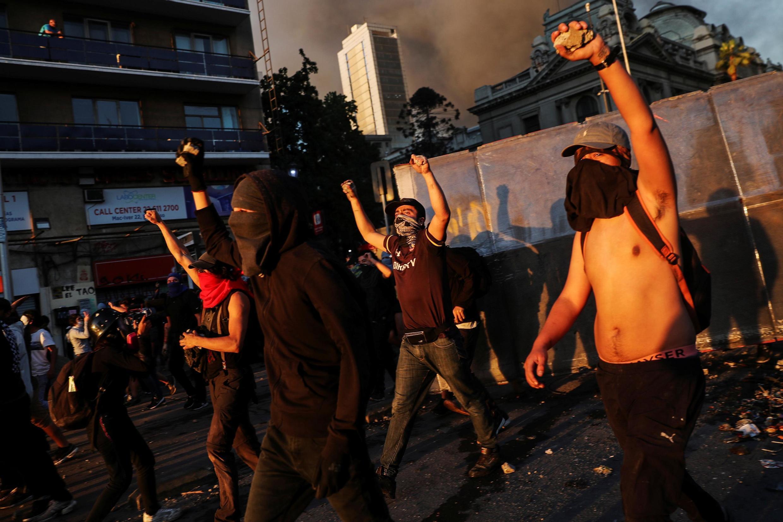 Biểu tình chống chính phủ ngày 28/10/2019 tại Santiago (Chilê).