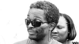 Simon Njami, au Salon urbain de Douala en 2010.