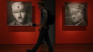 Justiça polonesa proíbiu associação que usava foto de Hitler em altar (Imagem ilustrativa)