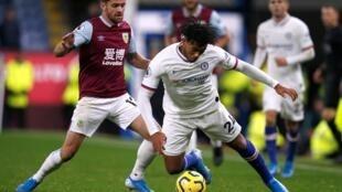 Giải Premier League Anh : Burnley chống chọi với Chelsea ngày 26/10/2019.