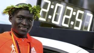 Bingwa wa dunia wa mbio za Marathon  Dennis Kimetto