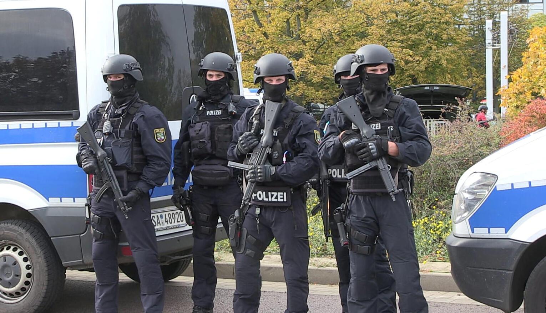 Polícia cerca local de tiroteio em Halle, na Alemanha (09/10/2019)