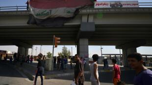 Le drapeau de l'Irak flottant de nouveau au-dessus de la ville de Kirkouk, le 16 octobre 2017 (photo d'illustration).