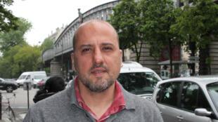 Ahmet Şik de retour à Paris, où il avait séjourné durant dix mois en 1996.
