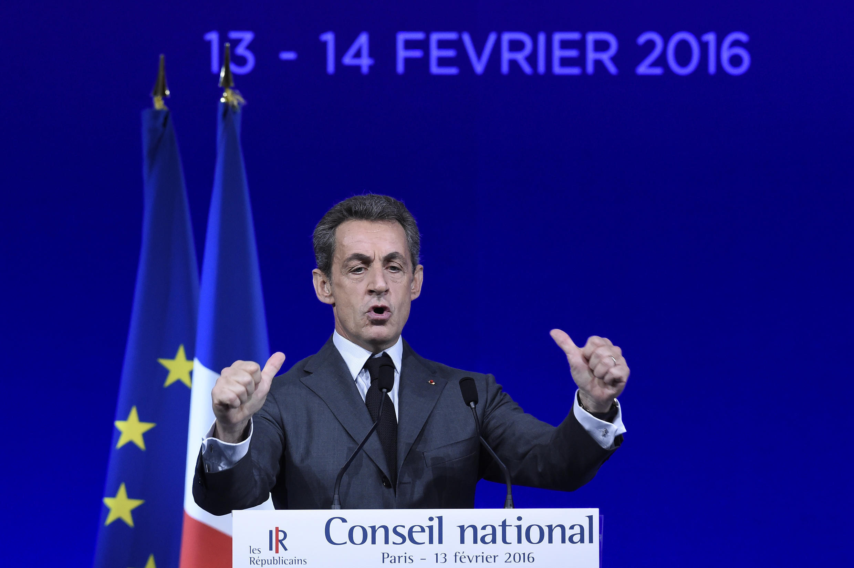 """Николя Саркози на съезде своей партии """"Республиканцы"""" в Париже 13 февраля 2016"""