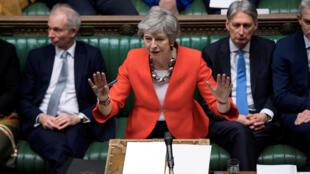 La Primera Ministra británica Theresa May en la Cámara de los Comunes, el 12/03/19.