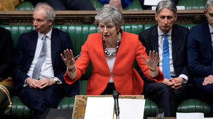 Theresa May tentou convencer os parlamentares até ao último minuto.