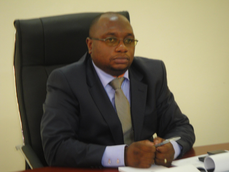 Docteur Félix Kabangue Numbi, ministre congolais  de la Santé (RDC).
