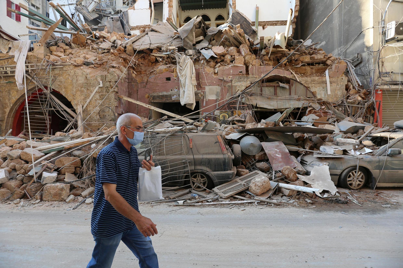 Cảnh nhà đổ nát ở Beyrouth sau vụ nổ kép ngày 04/08/2020. Ảnh chụp ngày 05/08/2020.