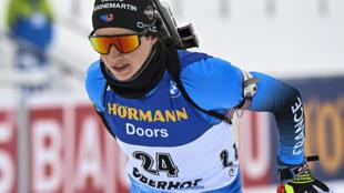 La Française Anaïs Chevalier-Bouchet, lors de l'épreuve de sprint comptant pour la Coupe du monde de biathlon, le 14 janvier 2021 à Oberhof (Allemagne)