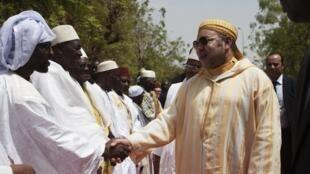 Le roi marocain Mohamed VI à Bamako le 21 février 2014. (Photo d'illustration)