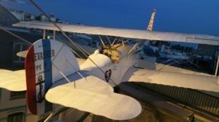 La réplique de l'Oiseau blanc, avion de Nungesser et Coli, tourné vers les Etats-Unis...