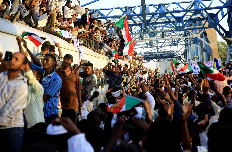 Wasu daga cikin masu zanga-zangar a Sudan