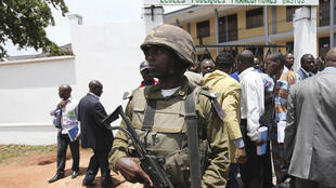 PHOTO Soldat Cameroun - Présidentielle 2011