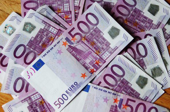 Le Gafi, qui coordonne l'action de 35 pays contre le blanchiment d'argent et le financement  du terrorisme, a loué le niveau «très élevé» du dispositif français mais appelé aussi à «renforcer» les moyens de la justice.