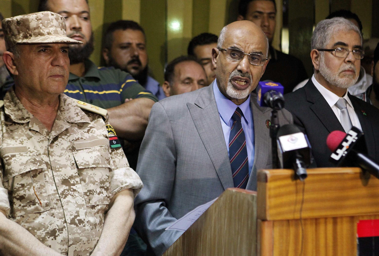 Mohamed Al Megaryef, presidente del Congreso Nacional libio, en el momento del anuncio de la disolución de las milicias que no reconocen al Estado, 23 de septiembre de 2012