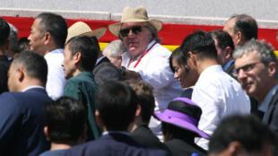 Жерара Депардье заметили на военном параде в Северной Кореи