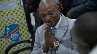 Emmanuel Ramazani figure parmi les 12 proches de Joseph Kabila visés par les sanctions de l'EU. Il était le candidat de la majorité présidentielle aux dernières élections en RDC. (Ici) à la Céni, le 8 août 2018.