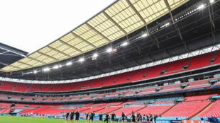 Le stade de Wembley à Londres accueille les joueurs de la République Tchèque pour une séance d'entraînement devant des tribunes vides à la veille de leur match de l'Euro 2020 contre l'Angleterre, le 21 juin 2021.