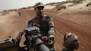 Soldats maliens dans la région de Tombouctou, en 2013.