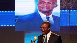 En RDC, le candidat du parti au pouvoir, Emmanuel Ramazani Shadary, présente son programme pour la présidentielle du 23 décembre, à Kinshasa, le 19 novembre 2018.