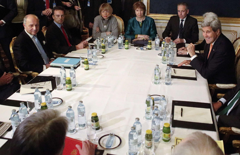 نمایندگان ایران و گروه ۵+١ در وین روز ٢١ نوامبر.