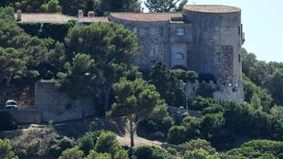 Летняя резиденция французского президента Форт Брегансон.