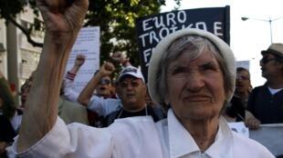 De plus en plus de retraités descendent dans les rues pour exprimer leur mécontentement.