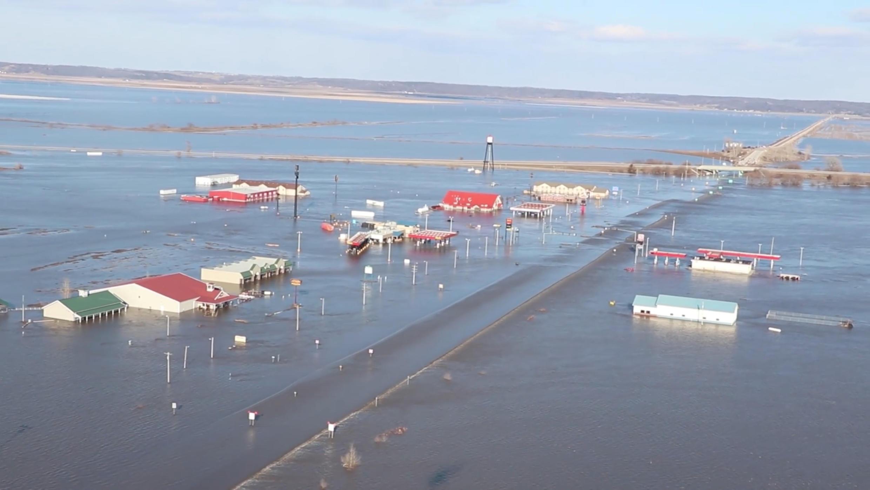 Des inondations frappent le Midwest aux États-Unis. Ici, près de Nebraska City, le 20 mars 2019.