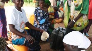 Dolotière (brasseuse de bière) du Burkina Faso.