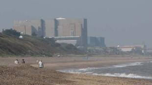 DSCN1362-view-to-sizewell-along-beach_crop_800x400 (1)