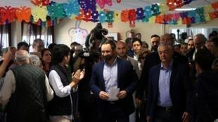 Santiago Abascal (C) a été candidat du parti d'extrême droite espagnol Vox aux élections législatives espagnoles. Madrid, le 28 avril 2019.