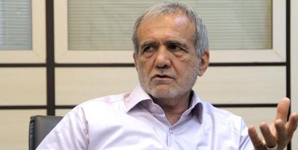 مسعود پزشکیان، وزیر بهداشت دولت خاتمی و نایب رییس کنونی مجلس شورای اسلامی
