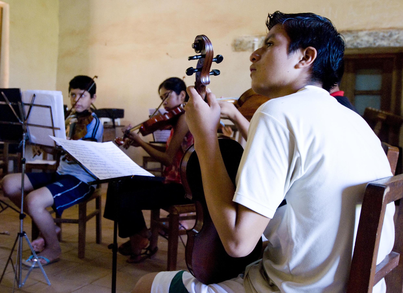 Salle de classe dans l'école de musique de Santa Ana de Velasco.