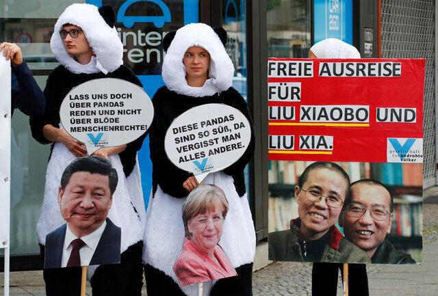 Biểu tình tại Berlin đòi tự do cho ông Lưu Hiểu Ba (Liu Xiaobo), khi chủ tịch Trung Quốc Tập Cận Bình (Xi Jinping) công du Đức, 05/07/2017.