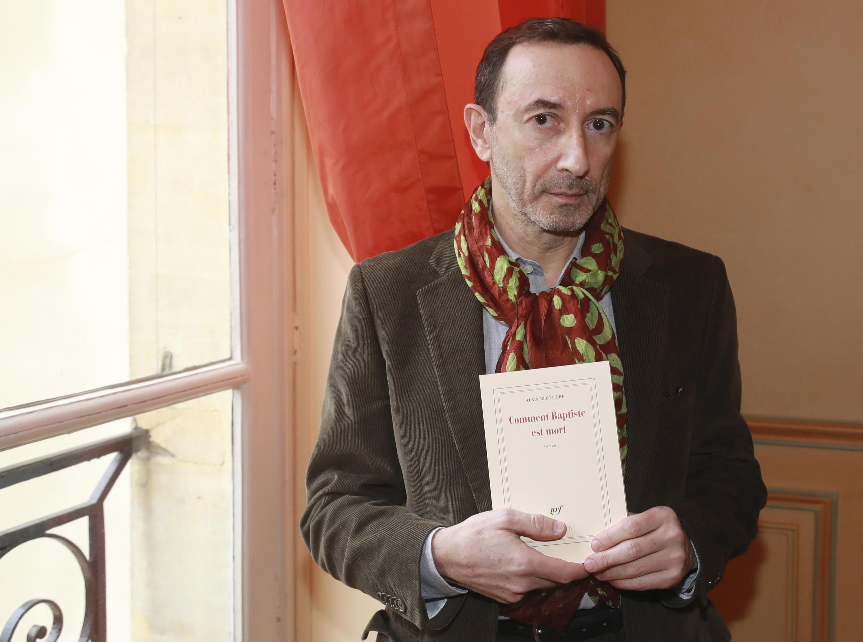 L'écrivain Alain Blottière, lauréat du prix Décembre pour « Comment Baptiste est mort » (éditions Gallimard).