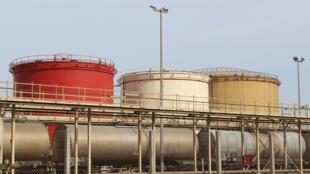 Le GNV n'émet effectivement pas de particules fines, véritable boulet du diesel ; très peu d'oxyde d'azote, le Nox ; et il produit 80 % de moins de CO2 que l'essence.