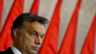L'idée de ce dépistage a été acceptée par le groupe parlementaire du Fidesz, le parti du Premier ministre hongrois, Viktor Orban.
