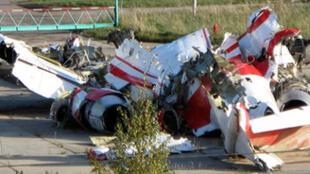 Обломки ТУ-154М польского президента Качиньского, разбившегося под Смоленском