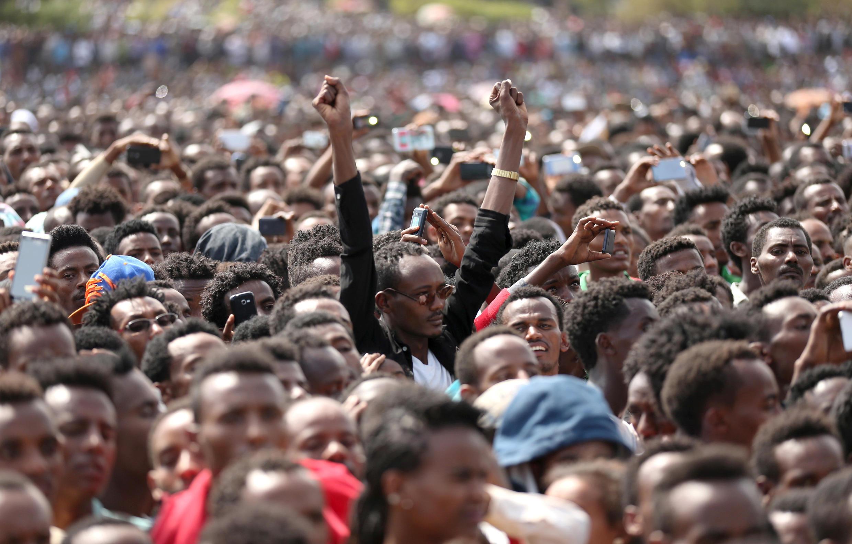 Des milliers de personnes se sont rassemblées à Ambo, en Oromiya, à l'occasion du déplacement du nouveau Premier ministre Abiy Ahmed, le 11 avril 2018.