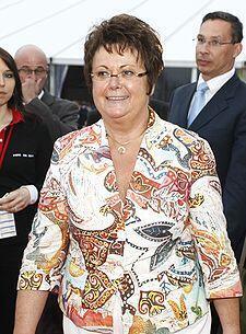 Депутат от UMP в Национальном Собрании, Кристин Бутен