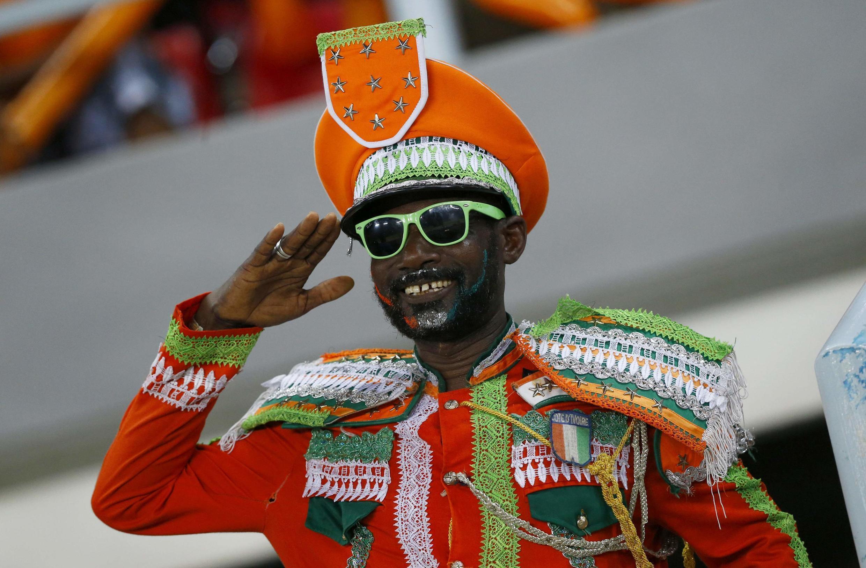 A Côte d'Ivoire fan