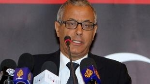 Le Premier ministre libyen Ali Zeidan (ici en mai 2011) a évoqué au Tchad la question du grand banditisme dans le Sahara.