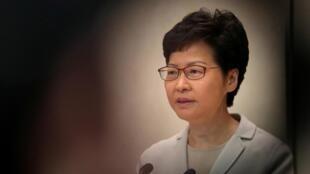 Trưởng đặc khu Hồng Kông Lâm Trịnh Nguyệt Nga (Carrie Lam) họp báo sau cuộc bầu cử cấp quận, ngày 26/11/2019.